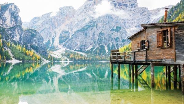 Braies ežeras Lago di Braies, Pragsee Dolomitai Italija